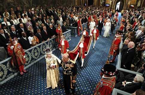 Церемония открытия парламента. Британские традиции.